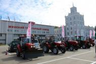 Группа компаний АИС и Минский тракторный завод заключили соглашение о сотрудничестве.