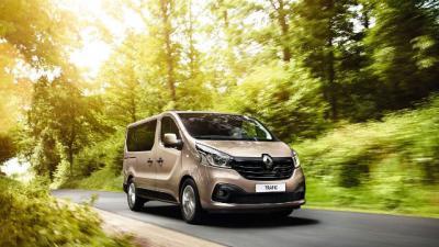 Группа компаний АИС поставила агрохолдингу ИМК партию автомобилей Renault!