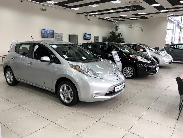 AIS Autotrade начинает продажу б у автомобилей в Лизинг! 89bc9ddb9cc